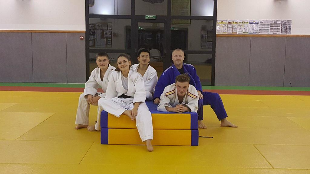 Bienvenue sur le site officiel du club de Judo d'Emerainville